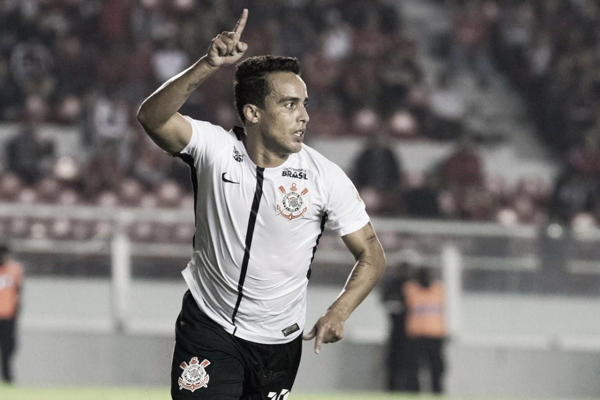 Corinthians vence Independiente fora de casa e reassume liderança do grupo G na Libertadores