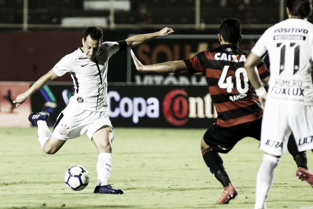 Corinthians para na defesa do Vitória e empata sem gols pela Copa do Brasil