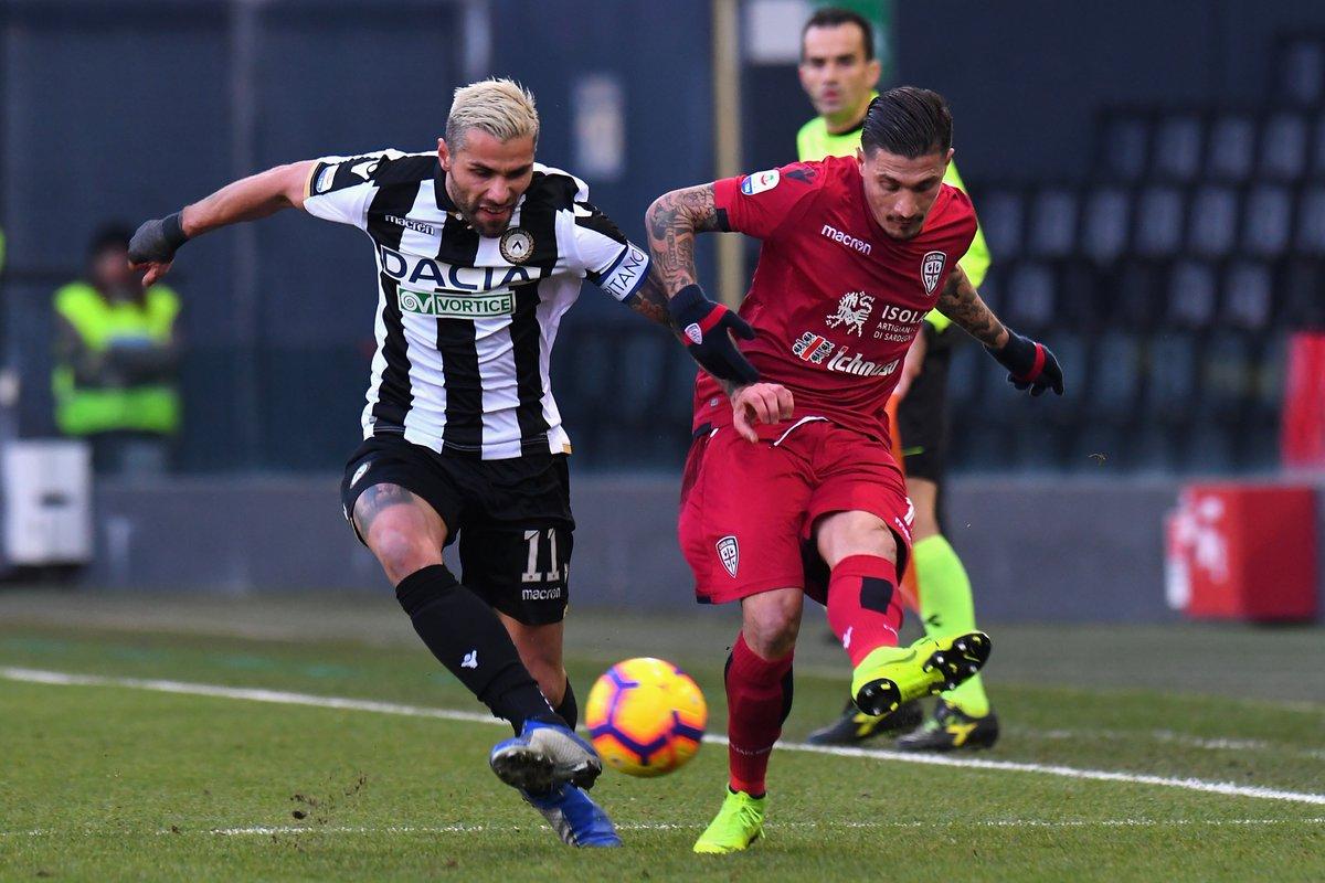 Serie A - L'Udinese rinasce come le fenici, battuto un Cagliari non pervenuto (2-0)