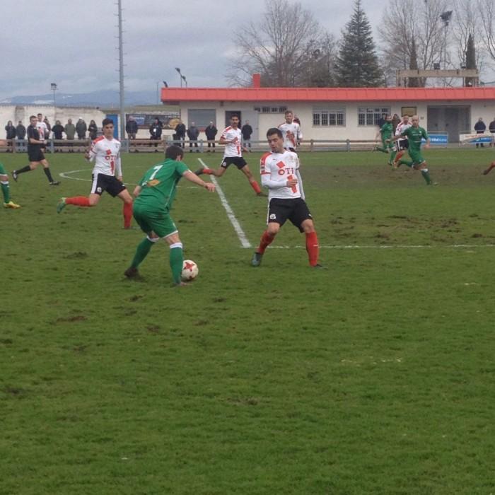 Branimir revive al Vitoria desde los once metros