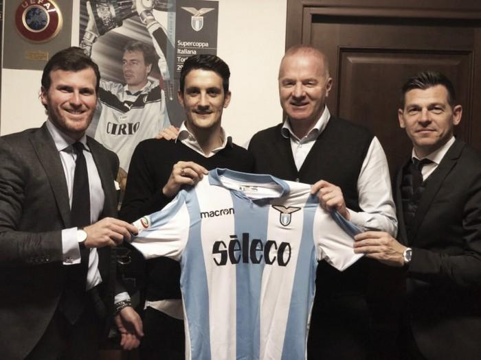 Lazio anuncia renovação do meia-atacante Luis Alberto até 2022