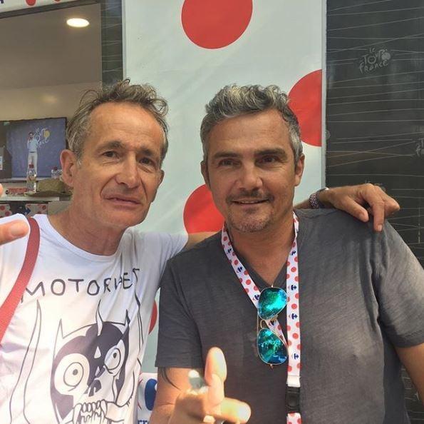 Didier Wampas avec Richard Virenque, sur le Tour de France (Crédit : Instagram @dwampas)