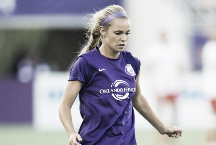Dani Weatherholt signs a new contract with the Orlando Pride