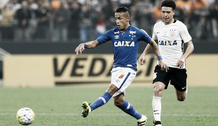 Rafinha confirma interesse do Vasco e deixa futuro no Cruzeiro em aberto