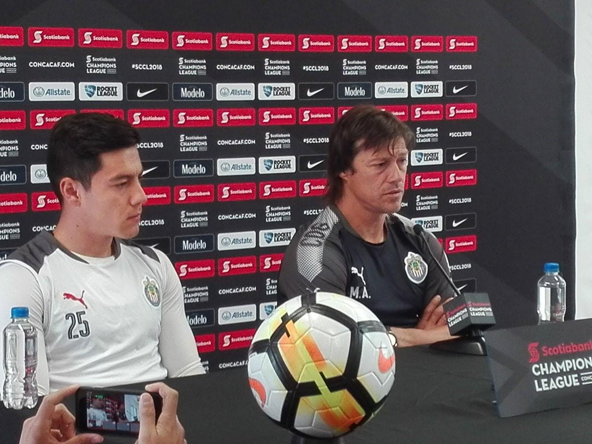 """Matías Almeyda: """"Debemos seguir luchando por los dos torneos"""""""