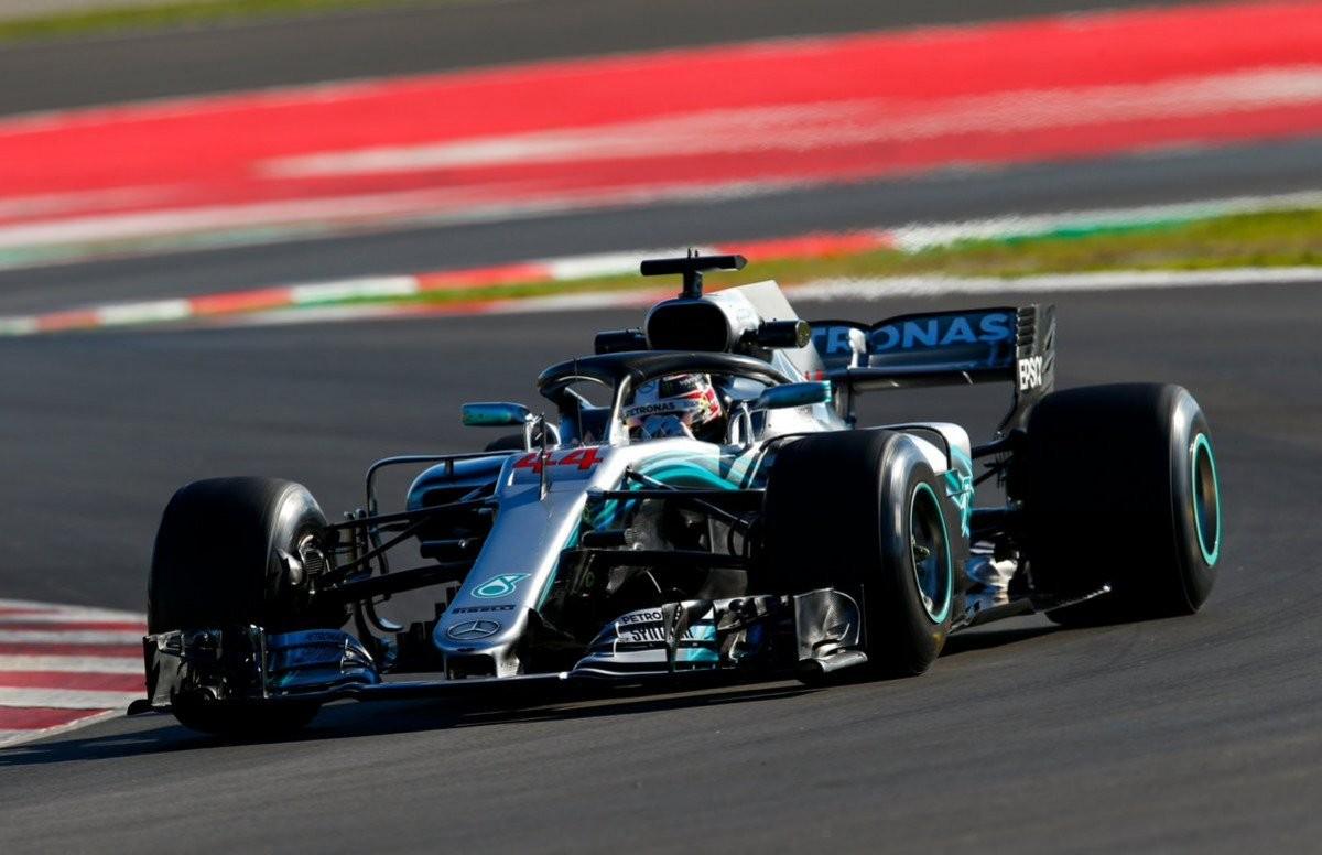 Formula 1 - Qualifiche GP Spagna: Hamilton torna in pole, doppietta Mercedes. Seconda fila per la Ferrari