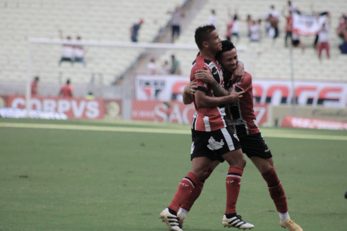 Ferroviário bate Ceará e leva título da Taça dos Campeões Cearenses
