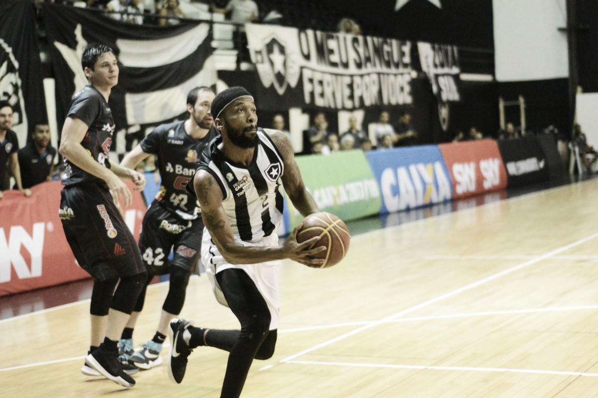 Botafogo tem apagão no fim, mas derrota Caxias do Sul e se mantém na briga pelos playoffs do NBB