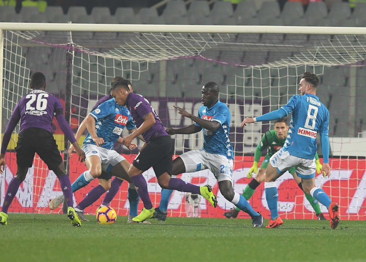 Napoli - Che spreco: il pari contro la Fiorentina sa di beffa e complica il cammino verso lo Scudetto