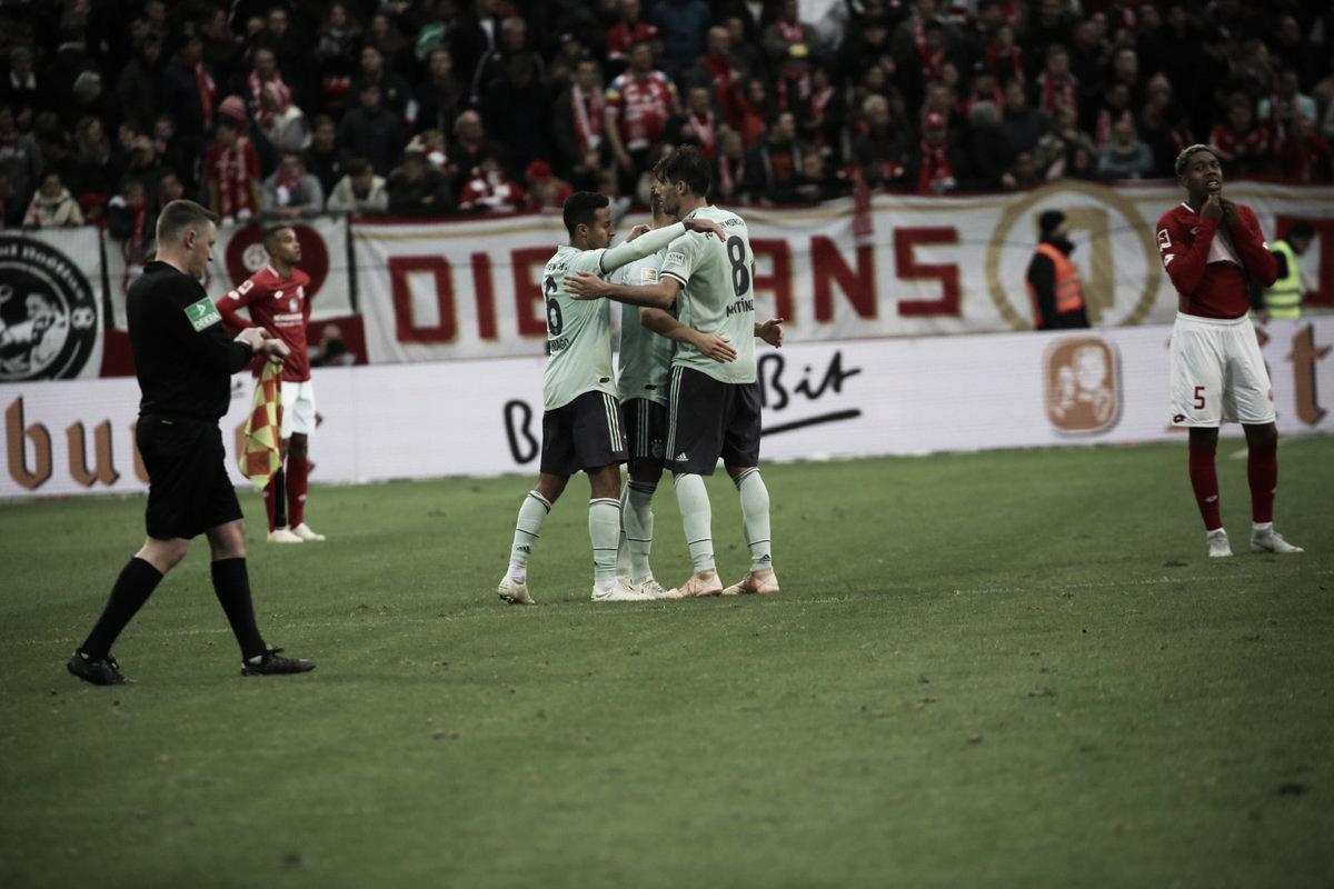 Bayern de Munique vence Mainz e assume vice-liderança provisória da Bundesliga