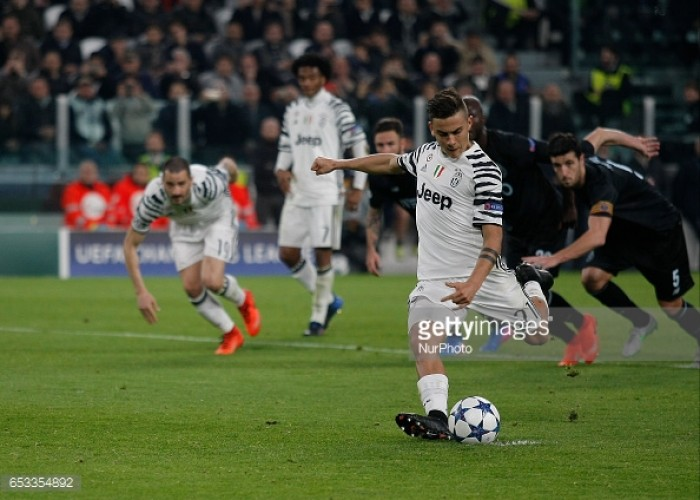Juventus 1-0 FC Porto: Dybala penalty eases Italians into last eight