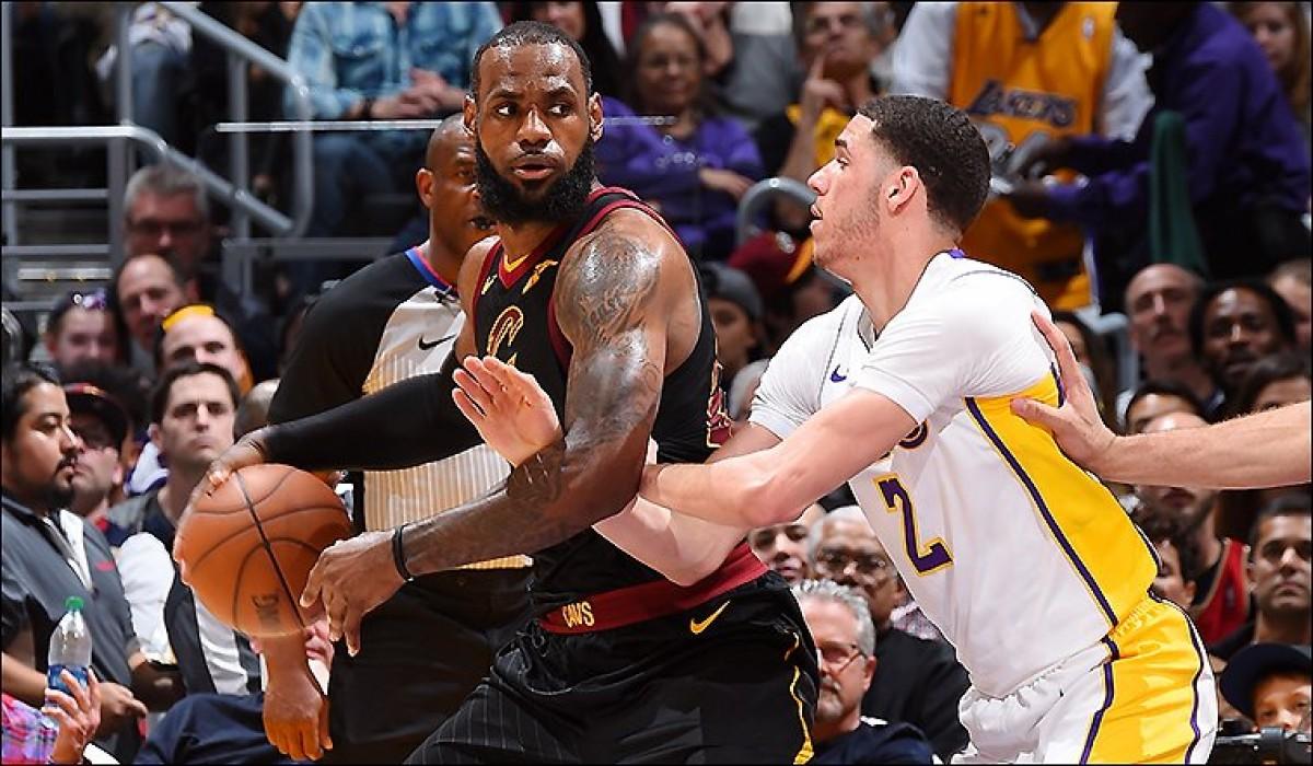 """NBA - LeBron James sugli infortuni in casa Cavs: """"Così non possiamo essere giudicati"""""""