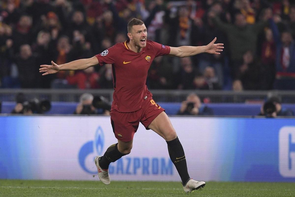 Champions League - La Roma approda ai quarti dopo dieci anni: Shakhtar battuto con goal di Dzeko