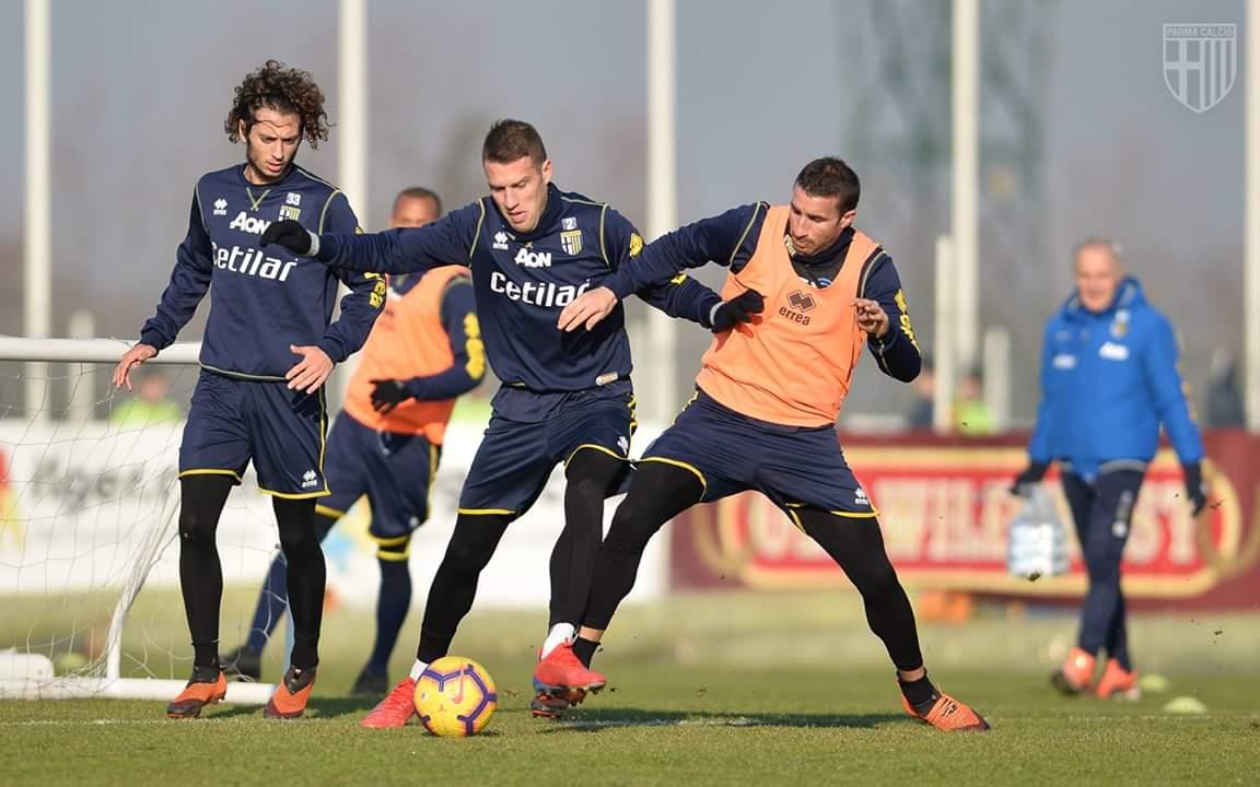 """Parma, D'Aversa in conferenza: """"Questi ragazzi hanno già dimostrato che nulla è impossibile"""""""
