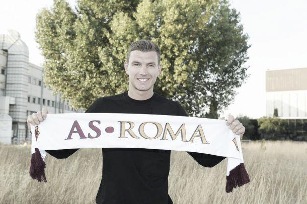 Edin Dzeko é apresentado como novo camisa 9 da Roma