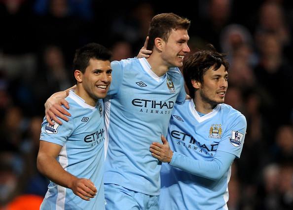 Dzeko quiere seguir en el Manchester City