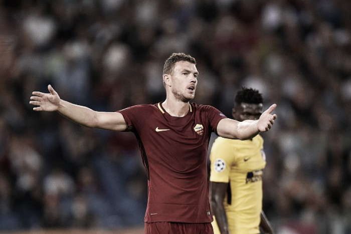 Dzeko critica poucos toques na Roma e admite 'saudades' de Salah e Totti