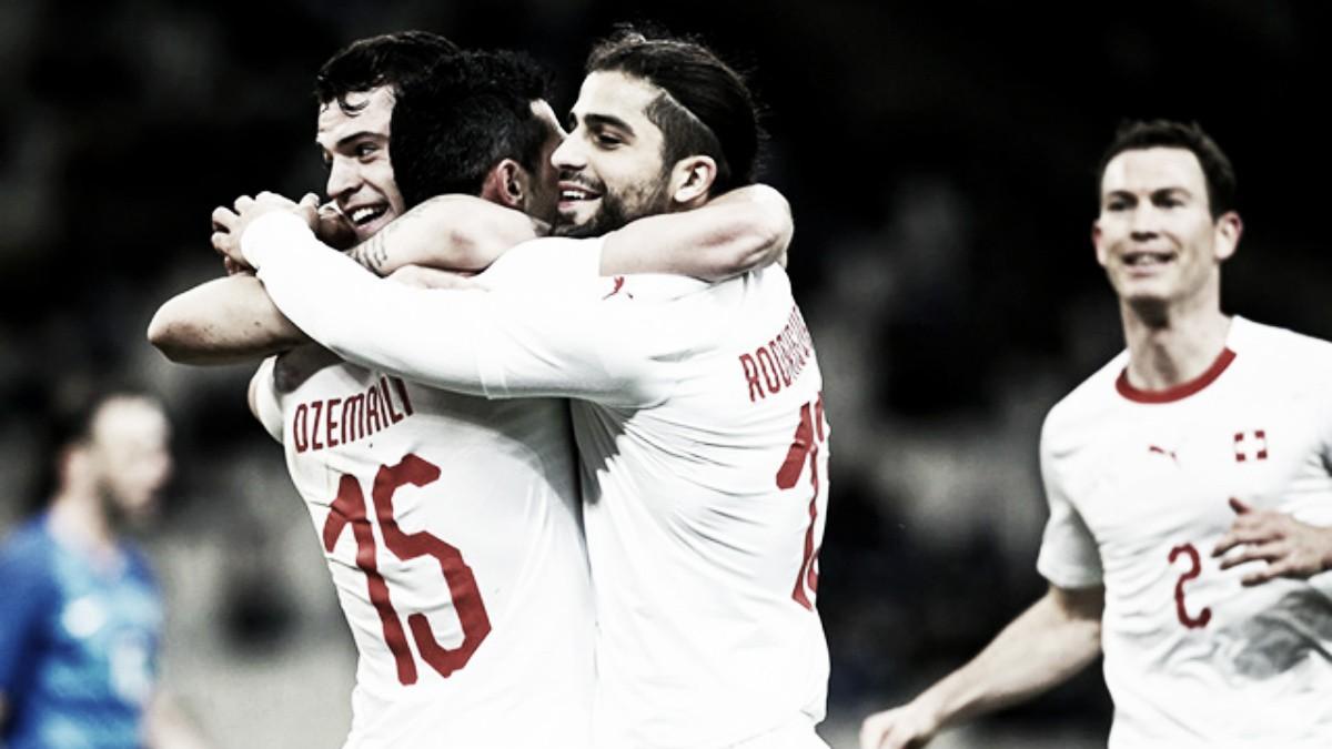 """Autor do gol da Suíça, Dzemaili comemora vitória sobre Grécia: """"Nossa equipe mostrou caráter"""""""