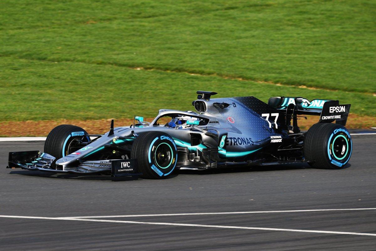 Formula 1- Si scopre la nuova Mercedes