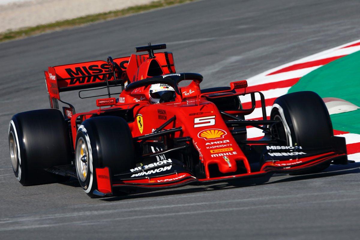 Test Formula 1 - Vettel il più veloce della mattinata