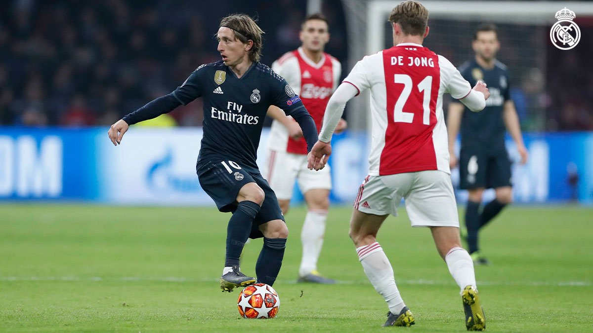 Champions League - Asensio stende l'Ajax: vince il Real Madrid 1-2