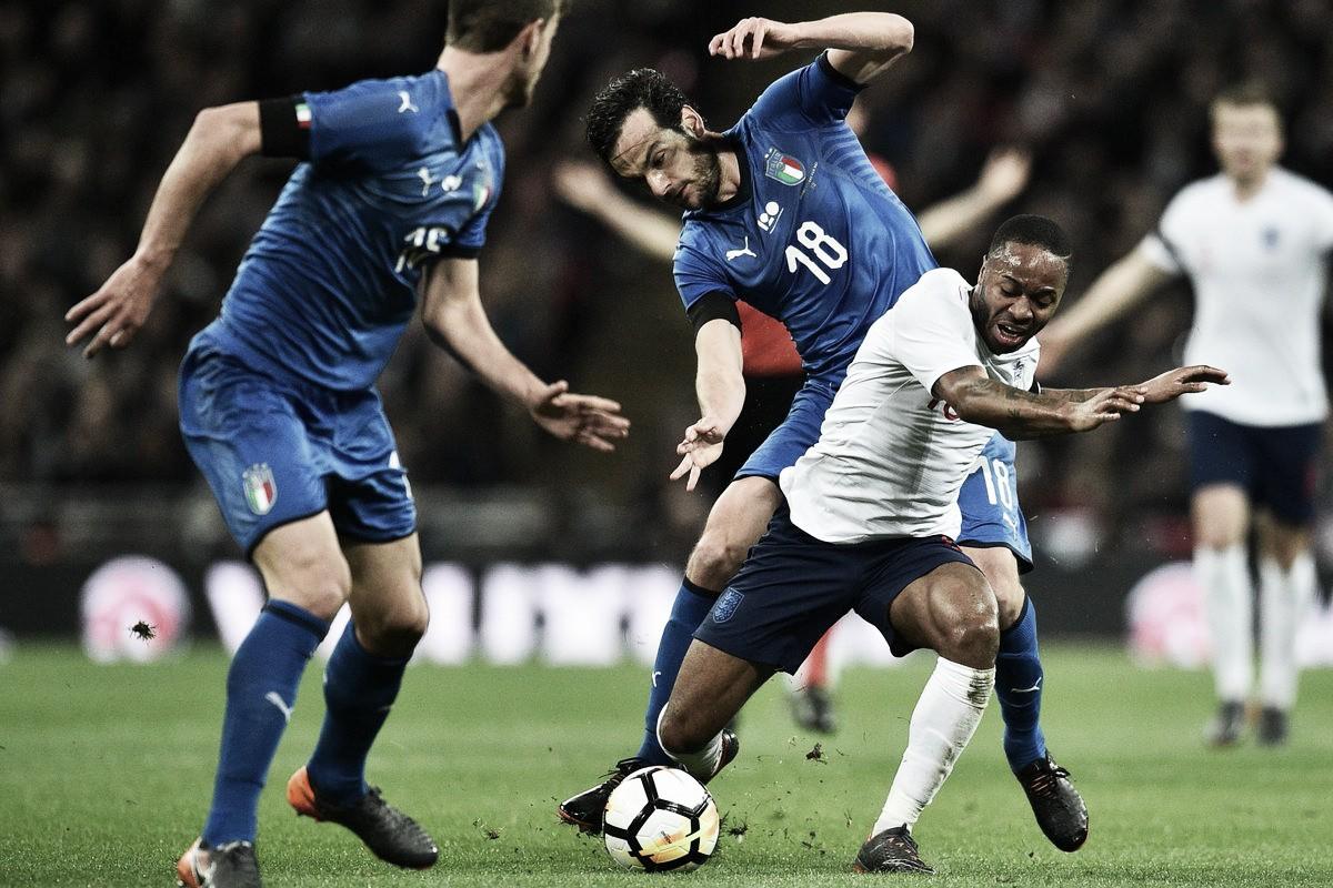 Com 'ajuda' do VAR, Inglaterra e Italia empatam em amistoso morno no Wembley