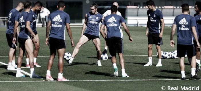 Entrenamiento del Madrid después de la celebración ...