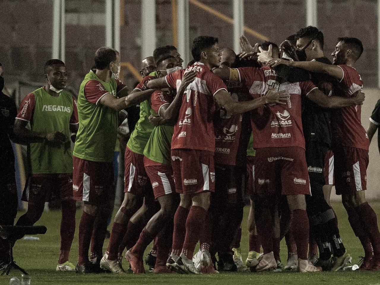 CRB vence, afunda ainda mais Confiança e assume liderança da Série B