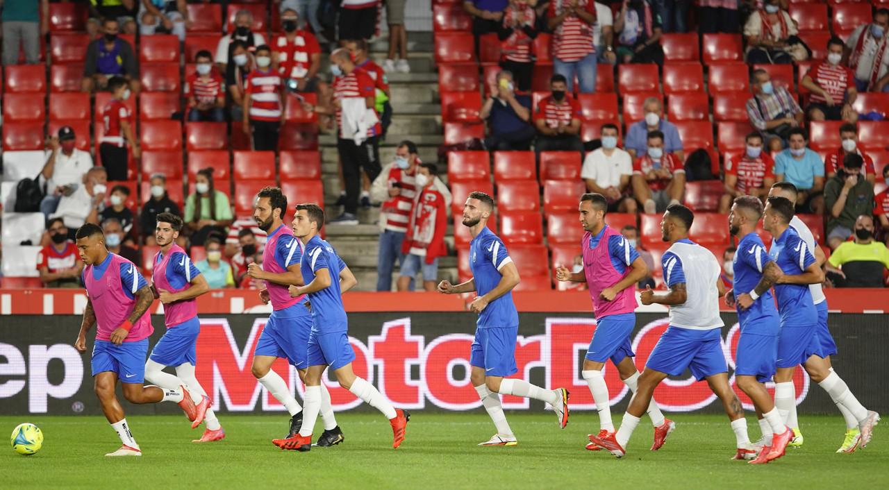 Los abonados ya pueden inscribirse para asistir al Granada CF - Real Sociedad