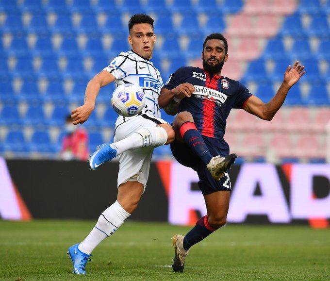 L'Inter vede lo scudetto: Eriksen e Hakimi mettono KO il Crotone