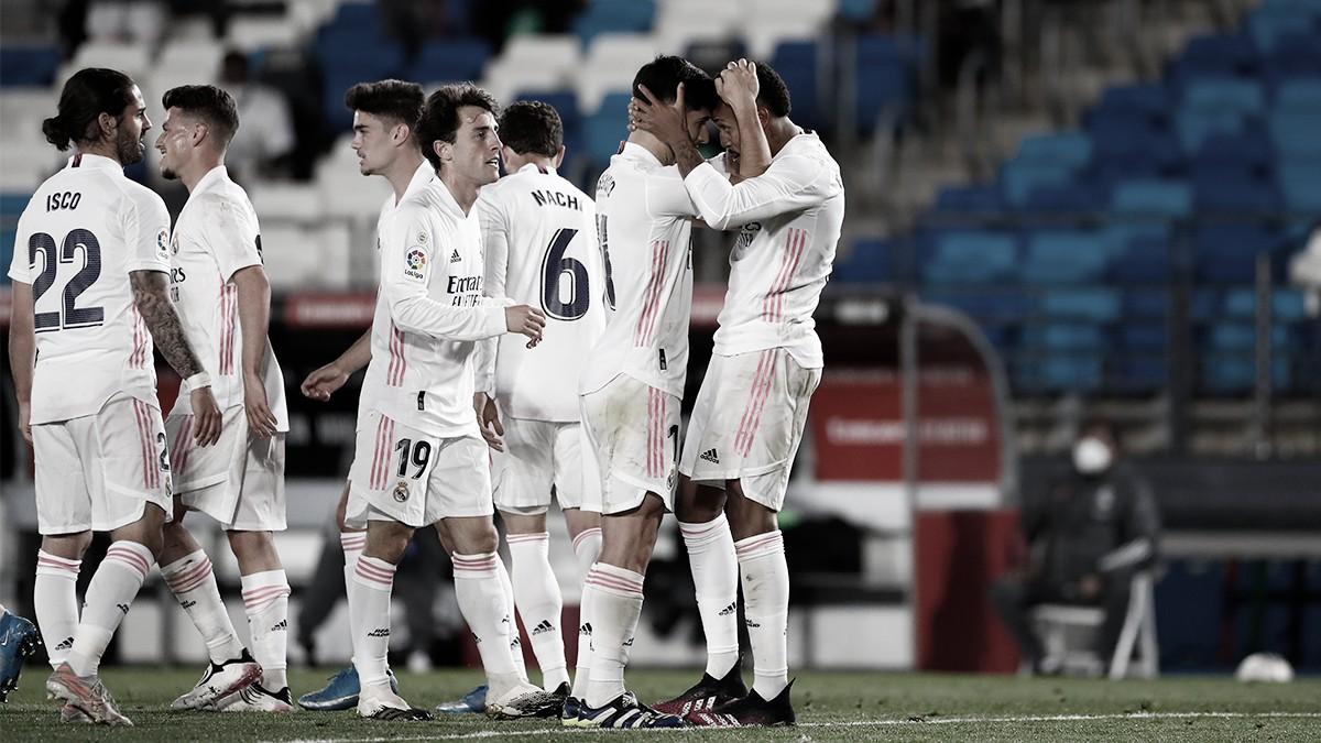 Brasileiros resolvem, e Real Madrid derrota Osasuna em LaLiga