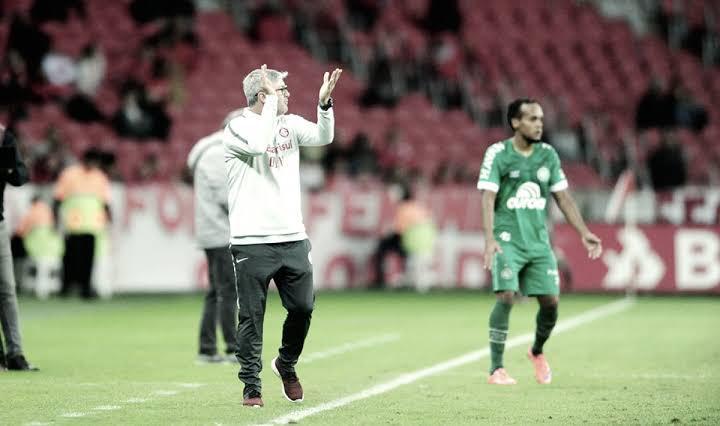 """Derrota do Internacional faz Odair justificar escolha por time reserva: """"Já estava planejado"""""""