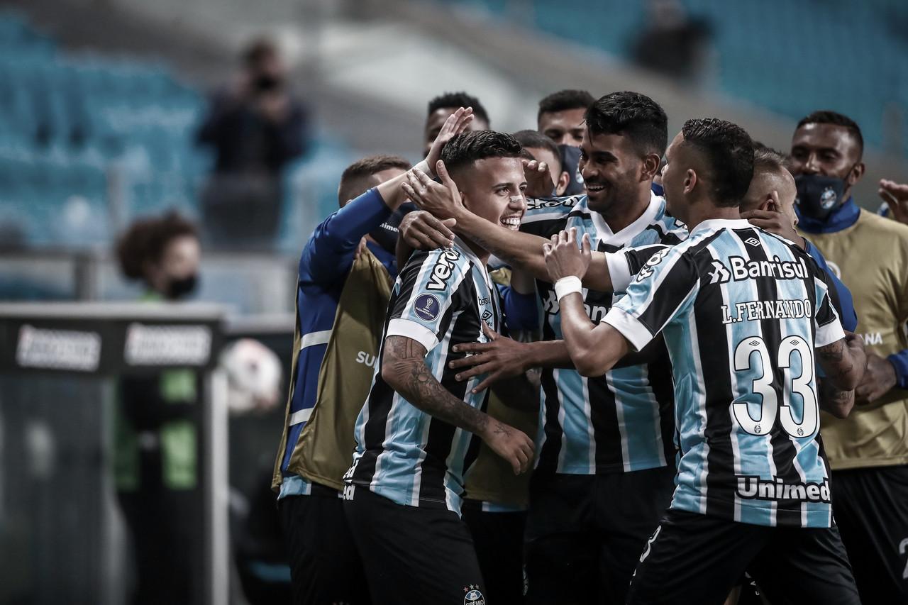 Grêmio vence Lanús e fica ainda mais perto das oitavas da Sul-Americana