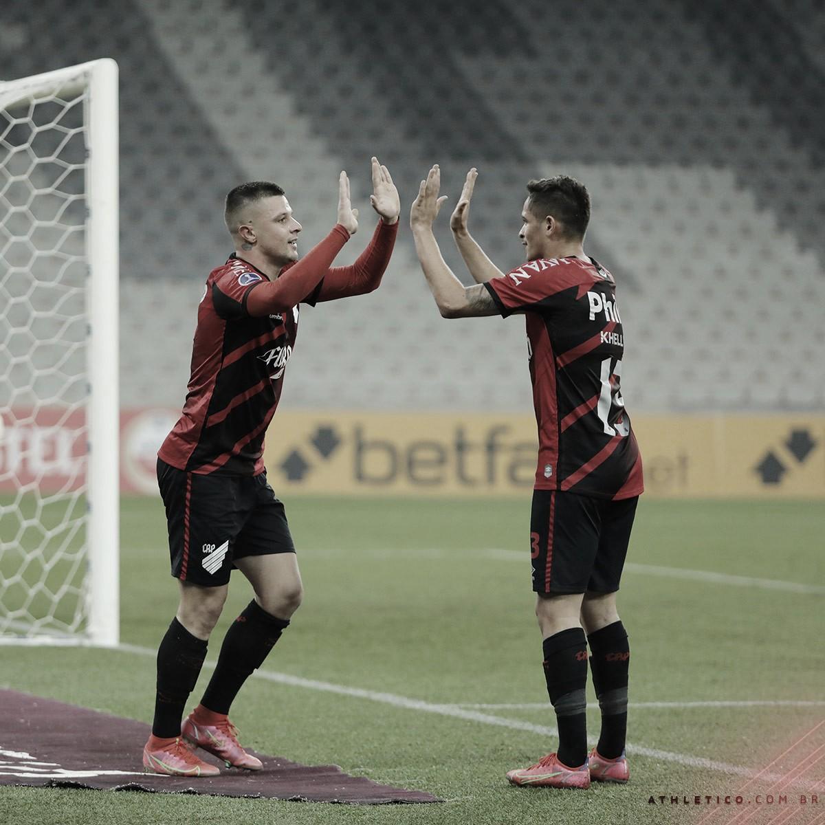 Athletico-PR vence Melgar e encaminha classificação na Sul-Americana