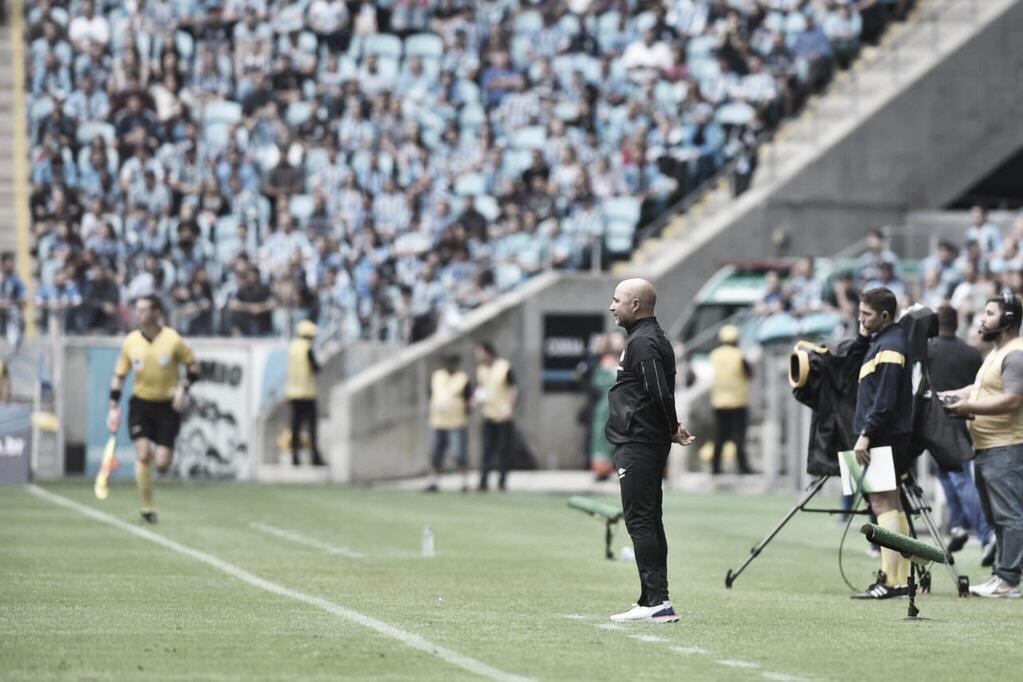 """Sampaoli se anima com evolução do Santos contra o Grêmio: """"Posso contar com todos"""""""