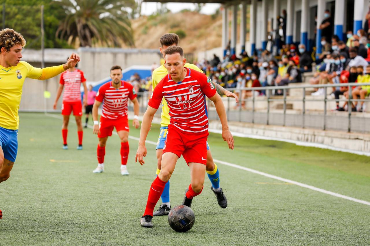 El Recreativo Granada se mantendrá la próxima temporada en Segunda División B