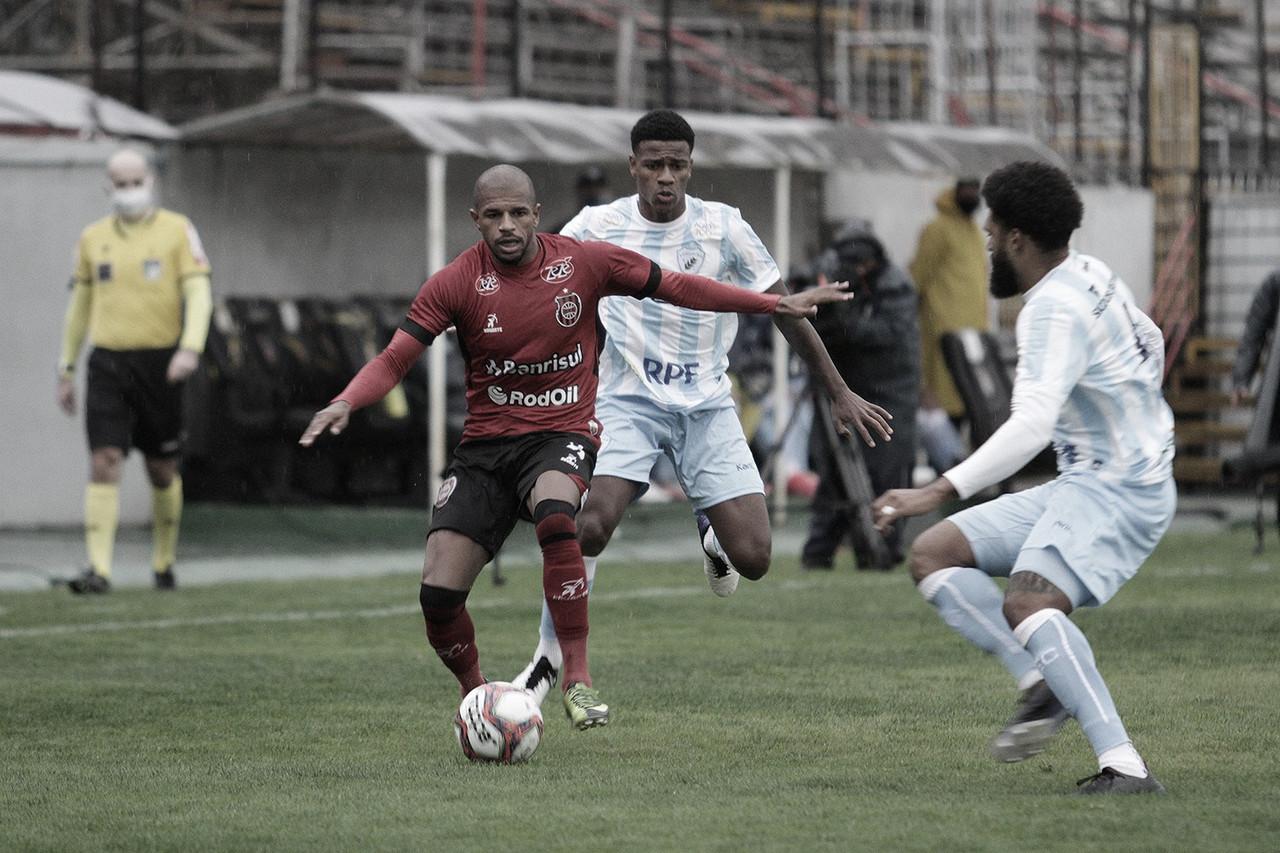 Com um a menos, Londrina segura empate diante do Brasil de Pelotas na abertura da Série B