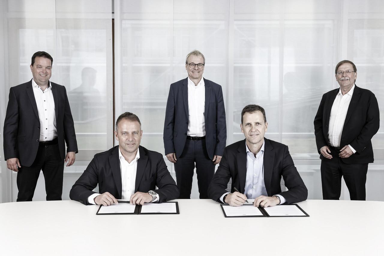 Hansi Flick é anunciado oficialmente como novo técnico da Seleção Alemã