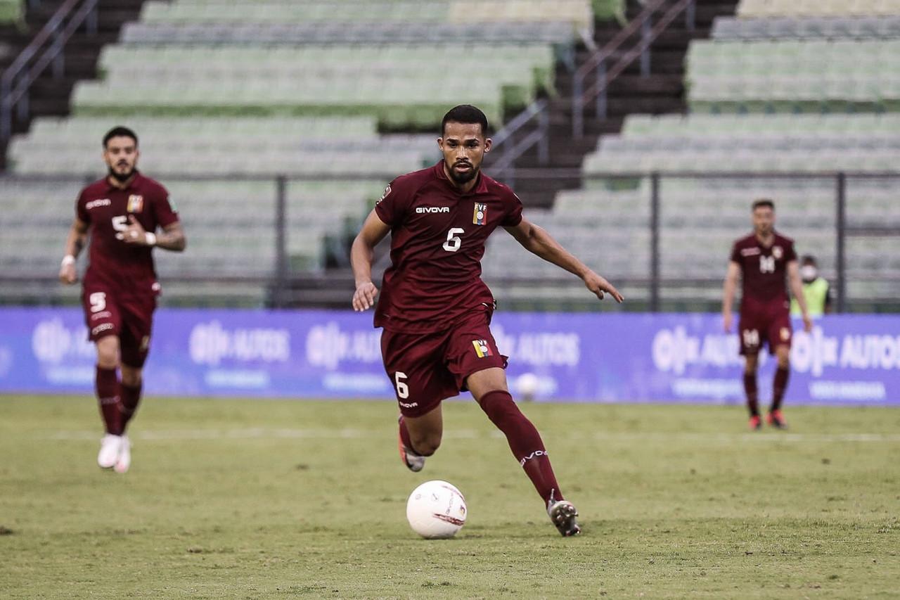 Yangel Herrera se baja de la Copa América