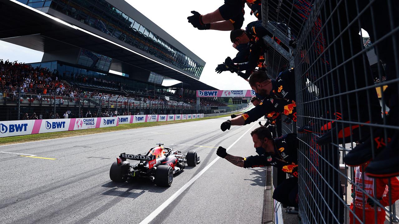 Amargo GP 200 para Sergio Pérez; Max sigue imparable y gana por 5ta ocasión