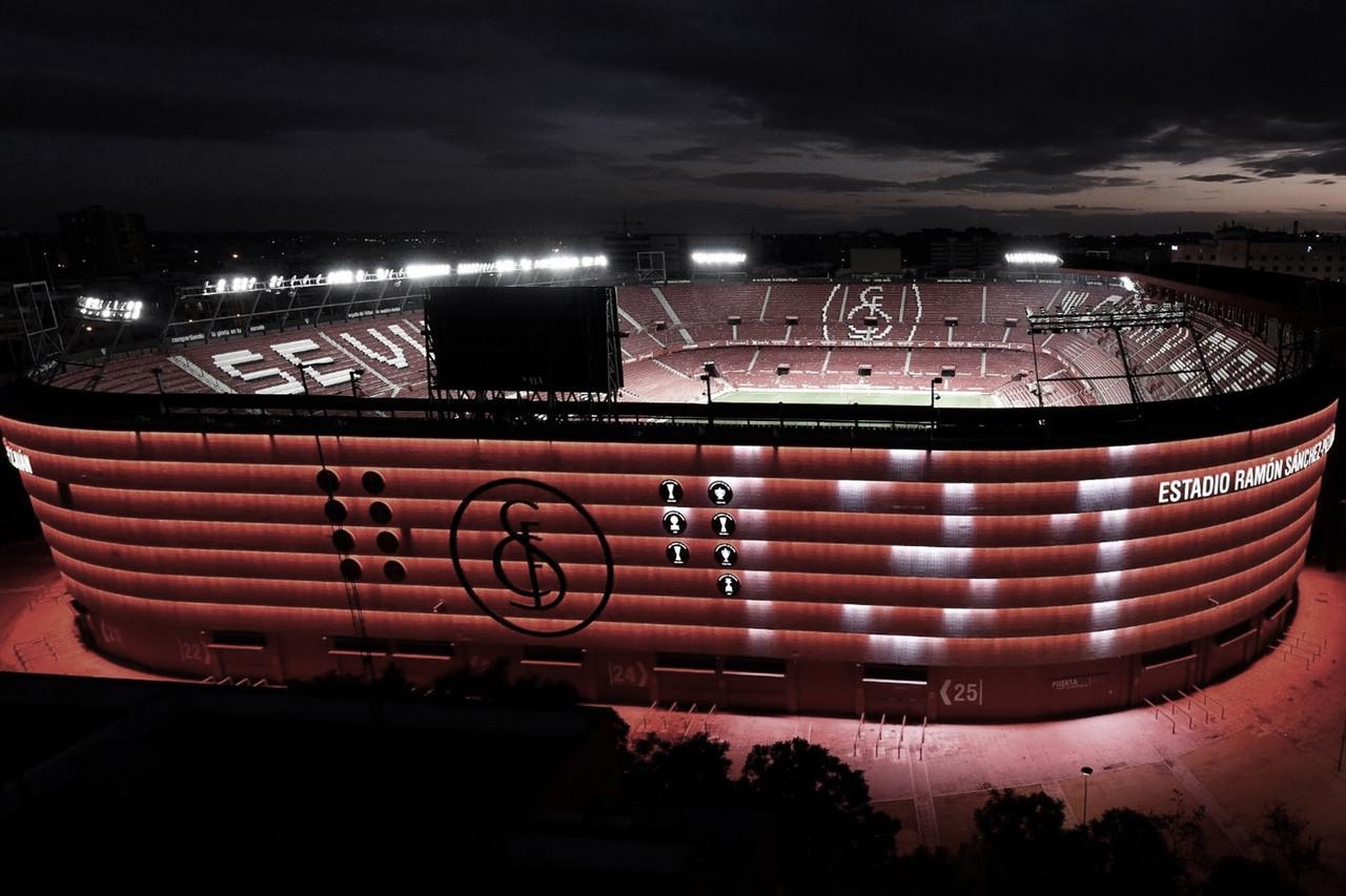 Estadio del Sevilla iluminado con el 131 | Foto: Sevilla FC