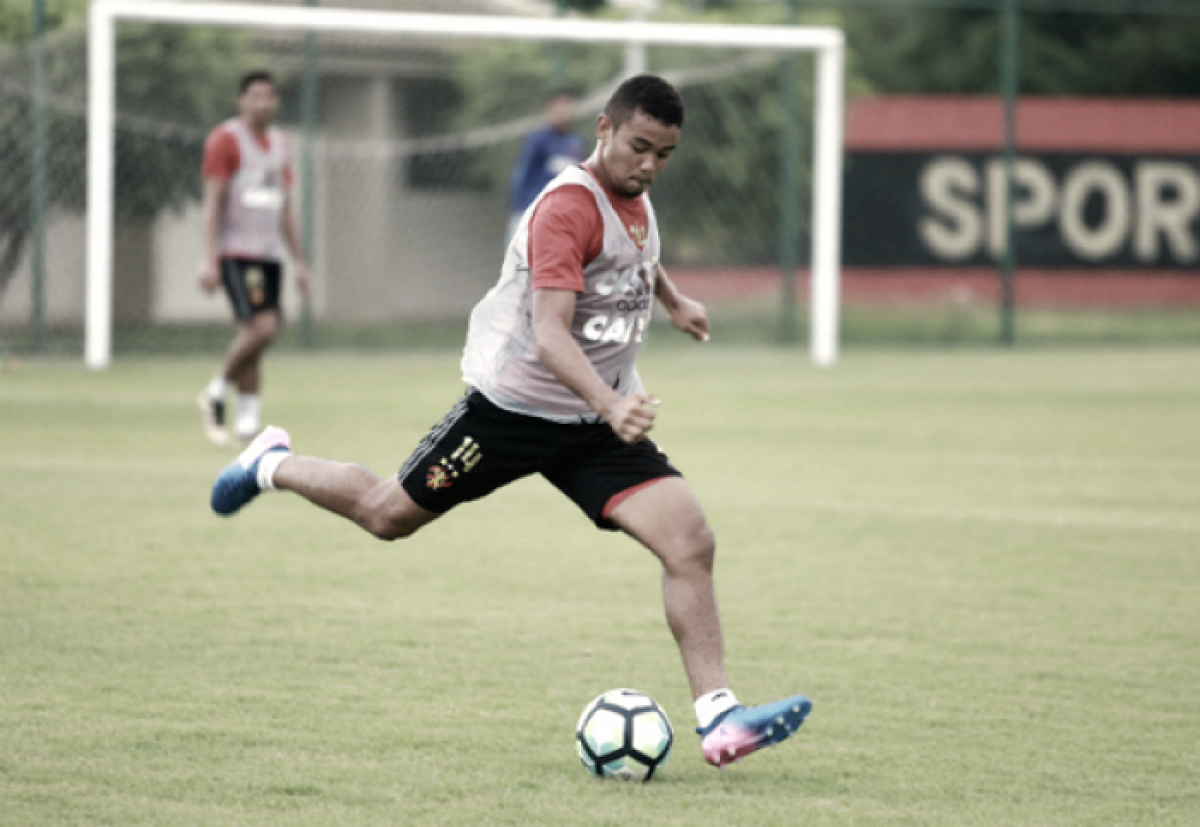 Atacante Juninho é emprestado pelo Sport ao Corinthians