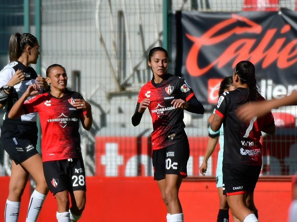 Atlas Femenil vence a Toluca con hat-trick de Alison González