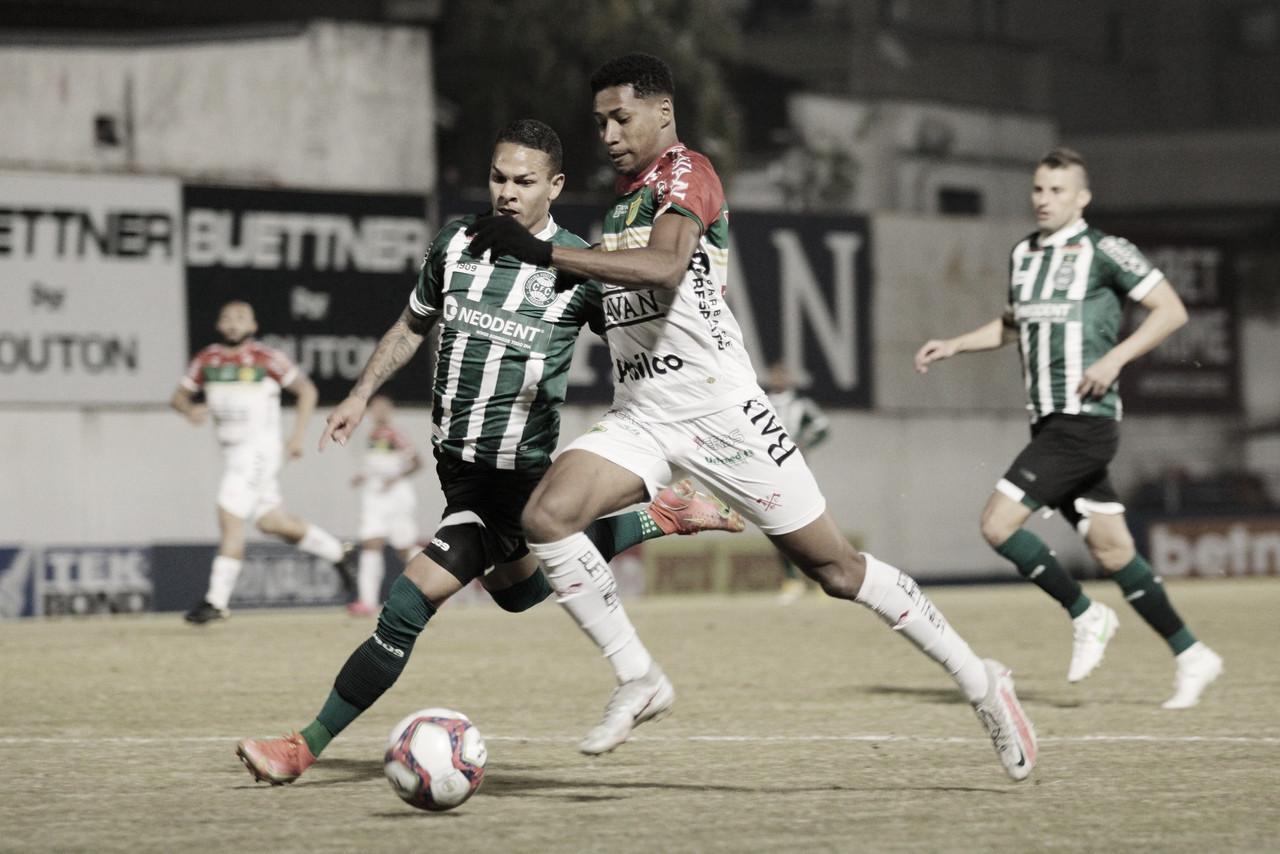 Em duelo no alto da tabela, Brusque e Coritiba ficam no empate em jogo atrasado na Série B