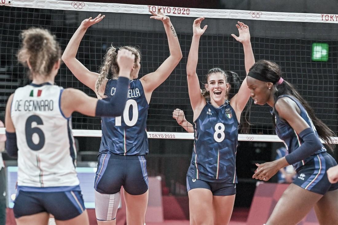 Melhores momentos China x Itália no vôlei feminino pelas Olimpíadas de Tóquio (3-0)
