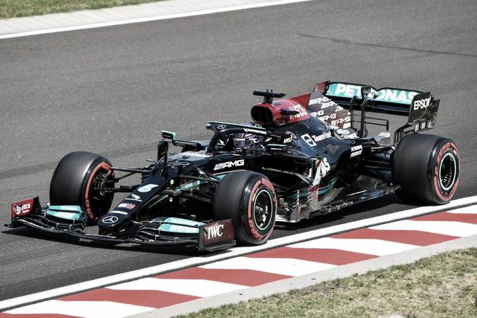 Hamilton es el poleman en Hungría