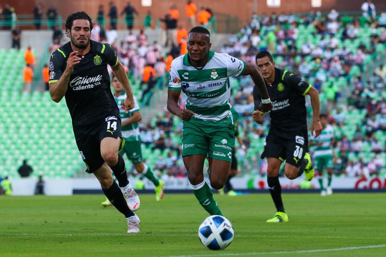 Santos y Chivas vuelven a empatar