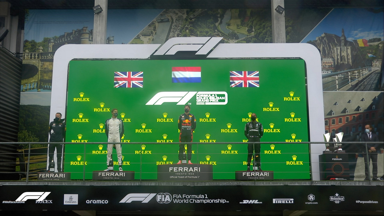 "Max Verstappen gana un ""inexistente"" Gran Premio de Bélgica; Checo fue último"