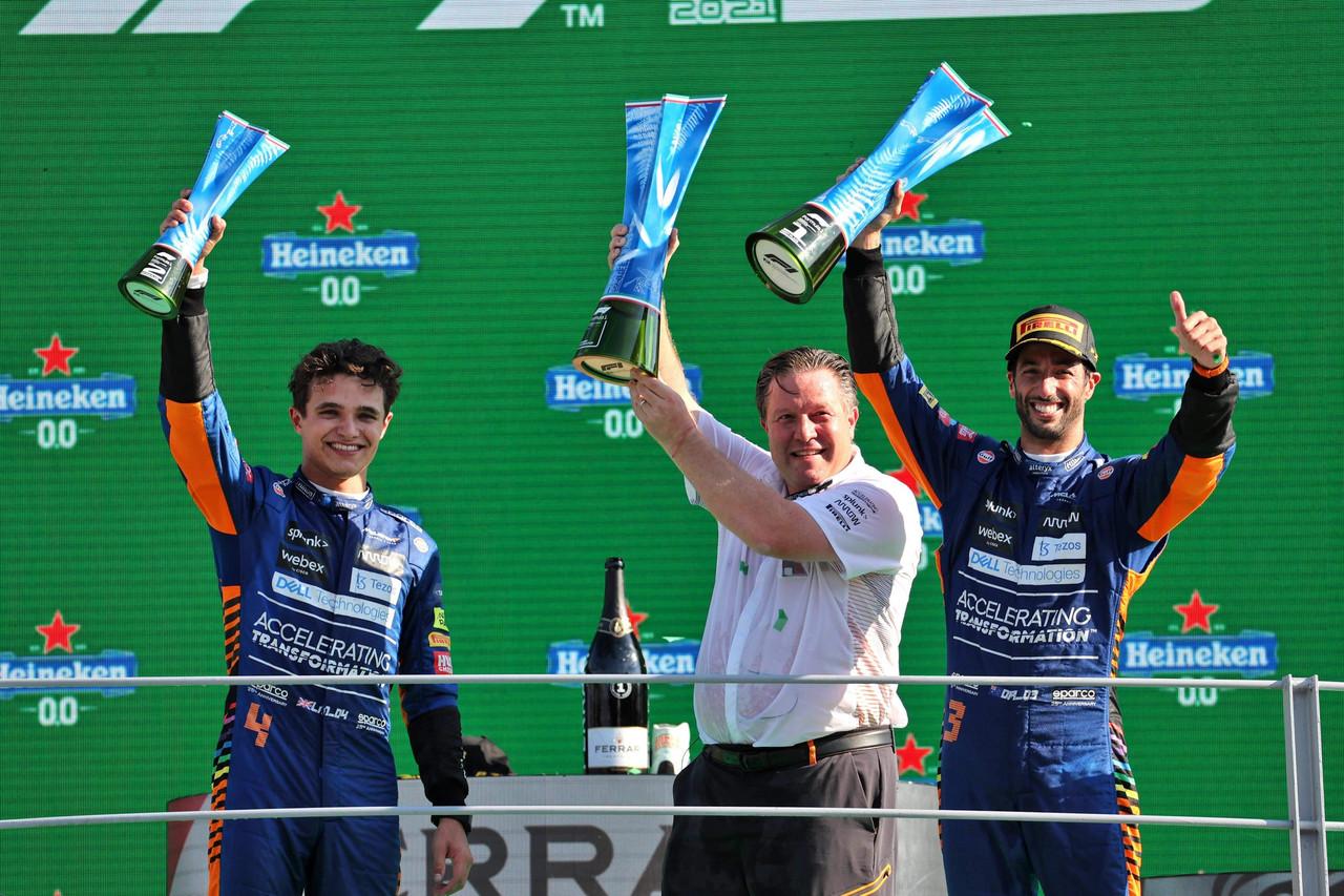 9 años después McLaren vuelve a ganar, Ricciardo se llevó el GP de Italia; Checo se pierde el podio