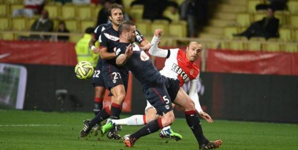 El asedio del Monaco choca contra el muro del Girondins